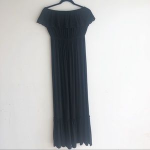 FELICITY & COCO BLACK MAXI DRESS LP